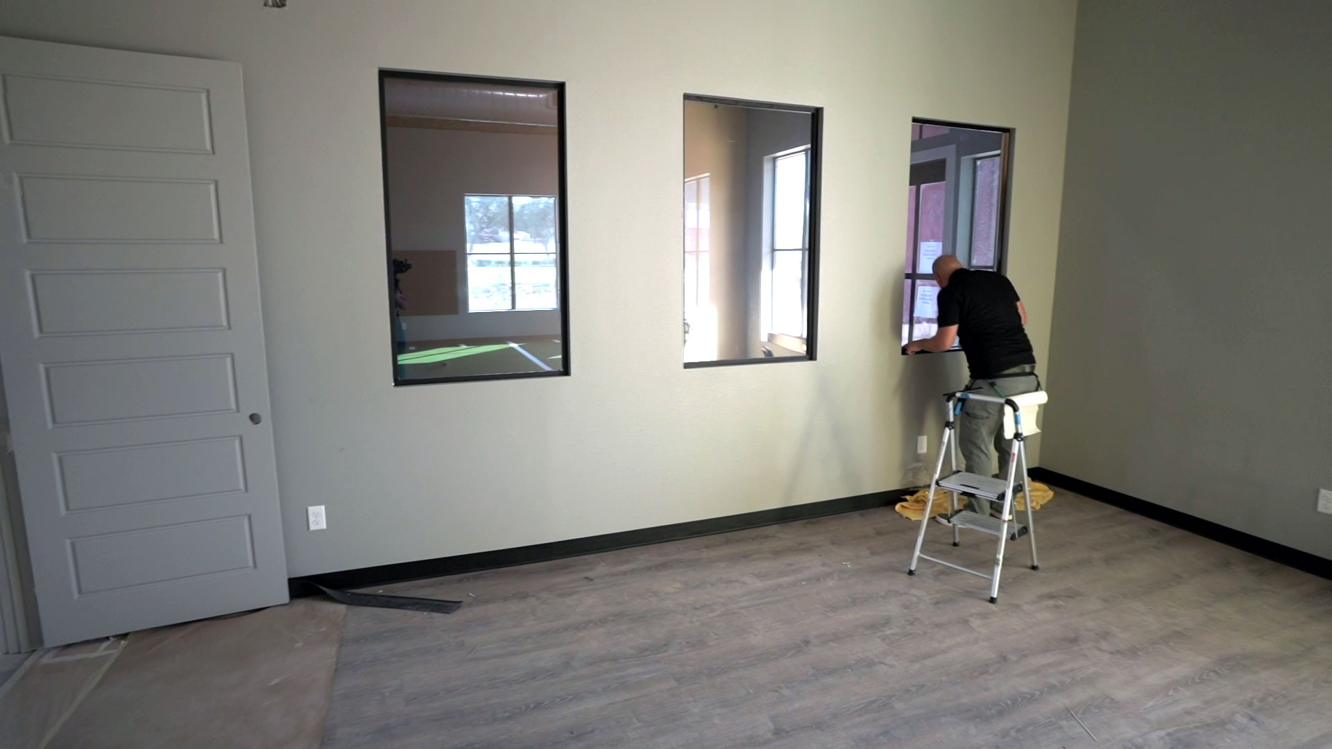 VISION Home & Office Window Film - One Way Window Film - Mirror Tint