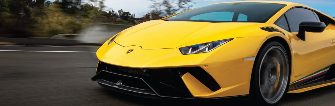 XPEL ULTIMATE PLUS PPF - Lamborghini Rolling Shot